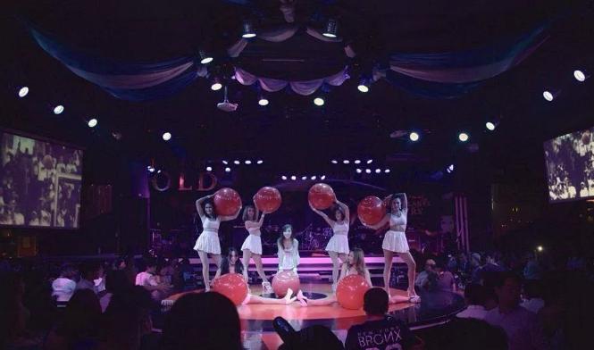 the skylady club,曼谷的一家会员制夜店,小姐姐美得不得了,组团更嗨