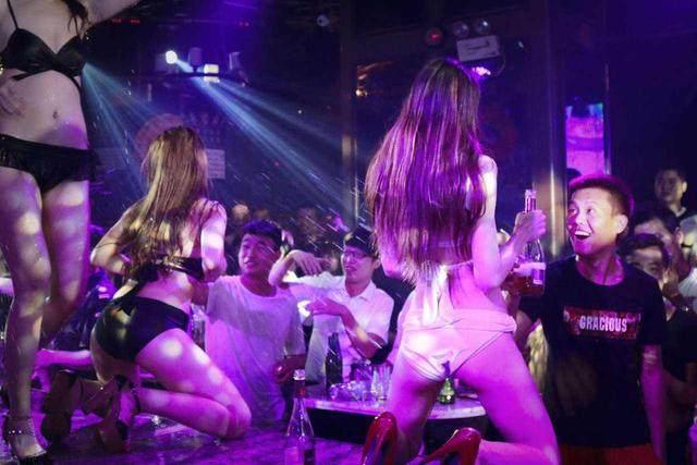 泰国夜生活场所分类:玩本地人pub和ktv注意事项